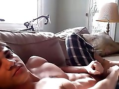 Hot guy - hot body - hot cumshot