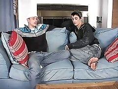 deux beau mecs font l'amour 2