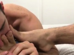 Gay twink emo solo feet xxx Cameron Worships Aspen's Feet &